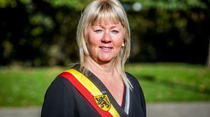 ZEDELGEM: Annick Vermeulen (CD&V-Nieuw) blijft burgemeester