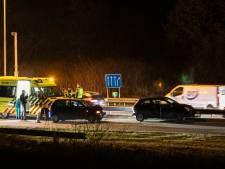 Twee mensen gewond bij botsing auto's op IJsseloordweg in Arnhem