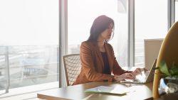 Koppels waarbij de vrouw meer verdient, liegen over inkomen