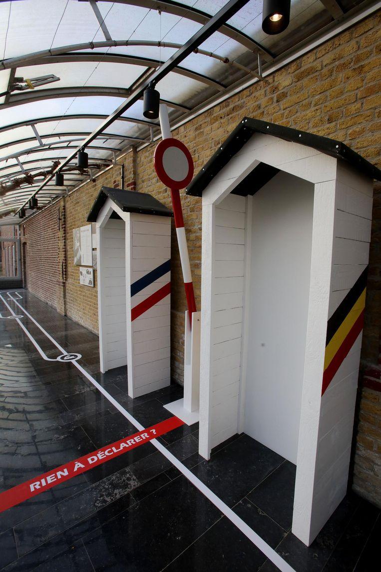 De douaneposten bij de grensovergangen.