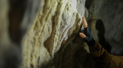 Speleologe zit hele nacht vast in grot in Hoei