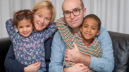 """Leander Verdievel kreeg eigen reeks én is twee adoptiekinderen rijker:""""Trots op Gevoel voor Tumor, nog trotser dat ik papa ben"""""""
