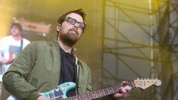 """Weezer brengt coveralbum uit: """"Dit keer zijn wij het die coveren"""""""