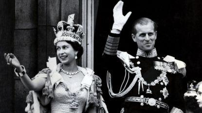 """Had koningin Elizabeth IIjarenlang een geheime liefdesaffaire? """"Lord Porchester is de echte vader van Prins Andrew"""""""