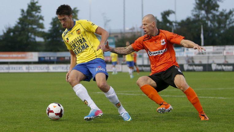Martijn Barto was namens Cambuur trefzeker tegen de amateurs van Katwijk. Beeld pro shots