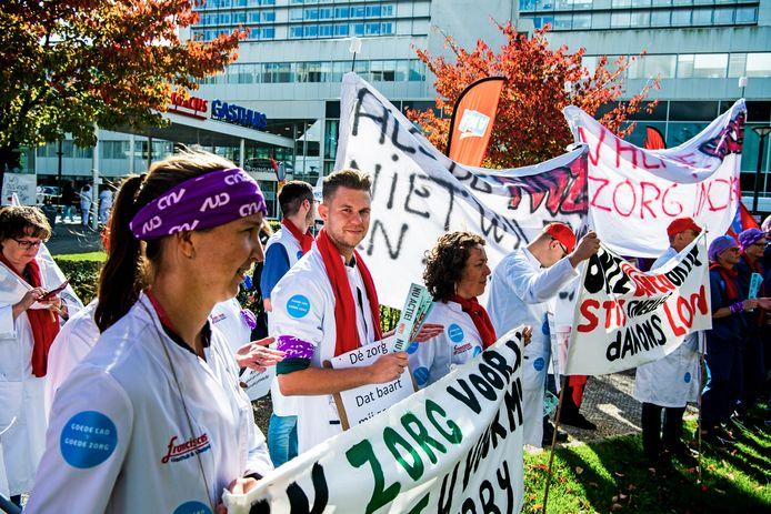 Protesterende verpleegkundigen bij het Sint Franciscus Gasthuis in Rotterdam
