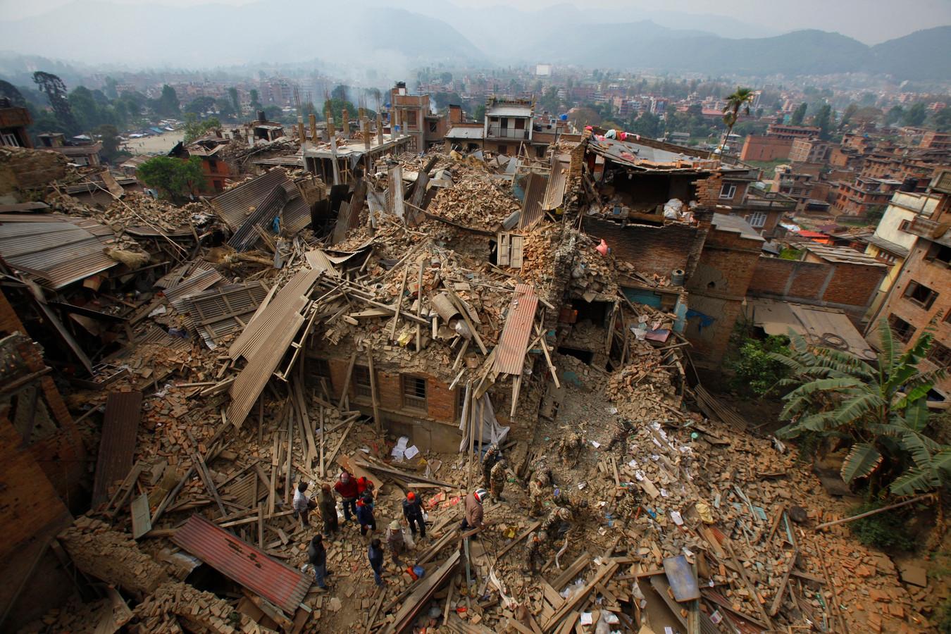 De stad Bhaktapur na de aardbeving van april dit jaar.