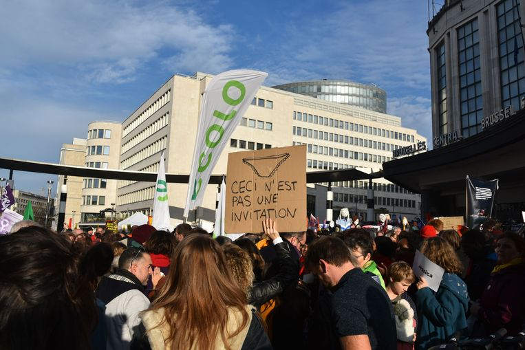 10.000 mensen komen momenteel op straat in Brussel