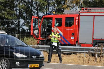 Tientallen boetes voor bestuurders met telefoon in hand bij dodelijk ongeluk A58