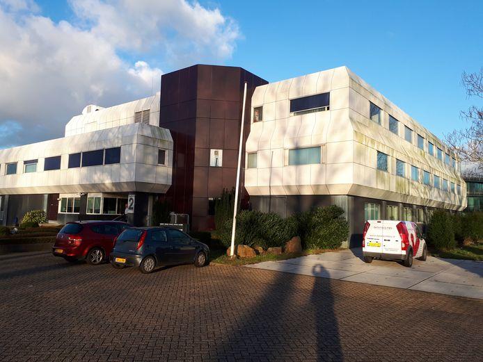 Het verbouwde kantoorpand wordt geen asielzoekerscentrum