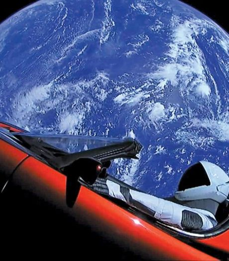 Zo dicht is de Tesla Roadster van Elon Musk nu bij Mars