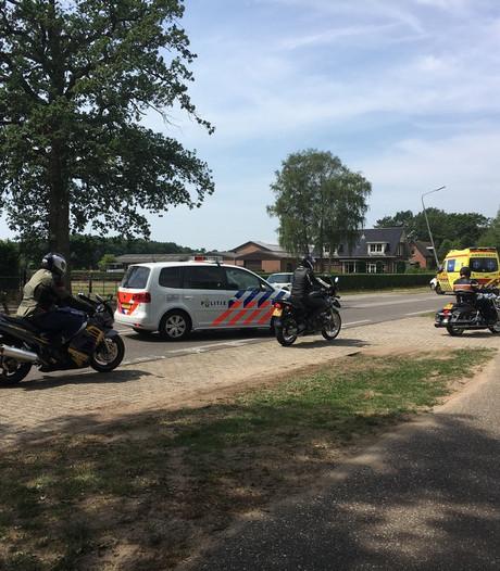 Auto's klappen op elkaar op Rijksstraatweg