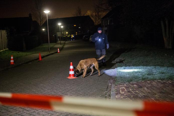 De politie deed onderzoek in Ossendrecht.