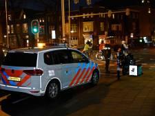 Bezorger op scooter in botsing met fietsster op Graafseweg