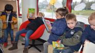 Sint opent nieuwe schoolbibliotheek Kouterbos