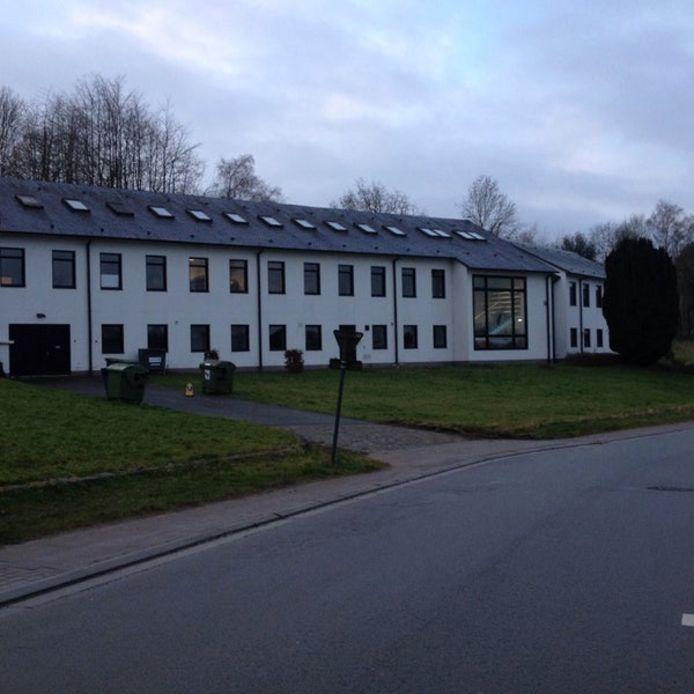 De politie gaat extra patrouilleren aan het Instituut voor Natuur- en Bosonderzoek in Geraardsbergen.