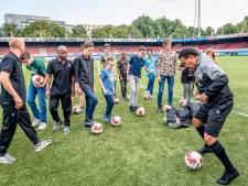 G-voetballers genieten als 'prof': 'Vet cool dat ik nu in een écht stadion ben'