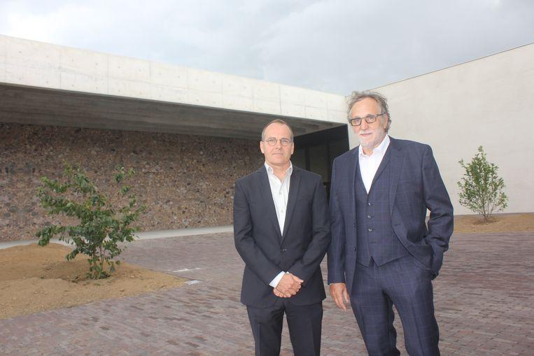 Vincent Panhuysen van KAAN Architecten en Kris Coenegrachts van intercommunale Westlede.