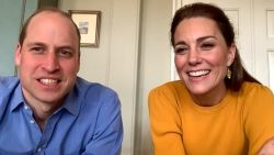 Prins William en Kate steken scholen hart onder de riem met virtueel bezoek