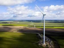 Duits debat over grote windmolens nabij Kloosterhaar afgelast, maar boze burgers (en polizei) stonden er wel