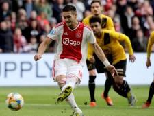 LIVE | Ajax leidt ondanks matige eerste helft tegen NAC