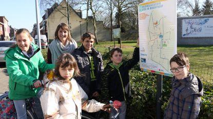 Kinderen leren veilig naar school fietsen