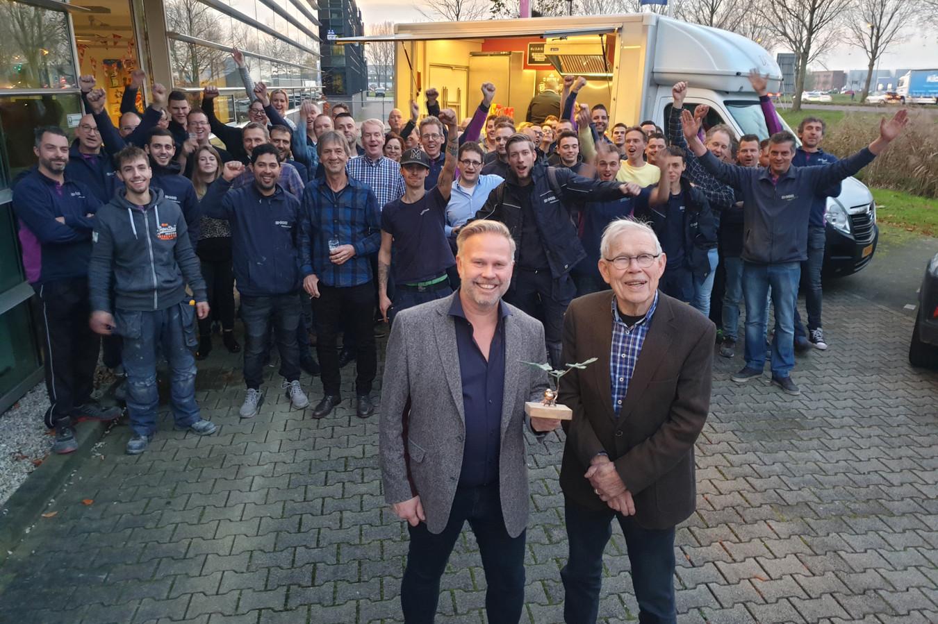 Het Wijchense installatiebedrijf DKC werd woensdagavond uitgeroepen tot Gelders familiebedrijf van het jaar. Dat werd een dag later goed gevierd met alle medewerkers op bedrijventerrein Bijsterhuizen.