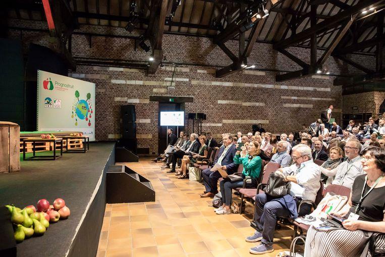 Het Prognosfruit-congres van het Verbond van Belgische Tuinbouwcoöperaties in Alden Biesen.
