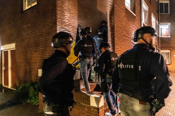 De politie hield in oktober vijf mannen aan, dat aantal is inmiddels opgelopen tot 48.