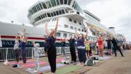 'Yogasnuivers' protesteren tegen cruiseschepen in Antwerpen