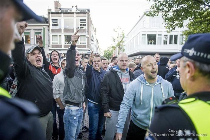 Protest tegen azc Enschede op maandag 14 september