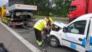 Drie gewonden bij kop-staartaanrijding op E313