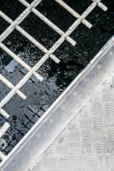 Waarom het hoge aantal coronadeeltjes in het riool niets zegt over het aantal besmette mensen