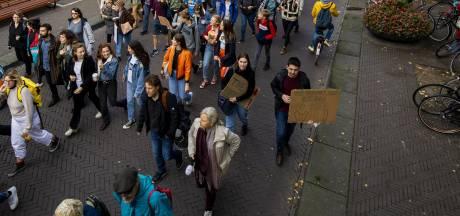 Beweging Voor 14 houdt mars door het centrum van Leiden
