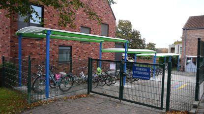 Nieuwe fietsenstalling voor GBS De Zilverlinde
