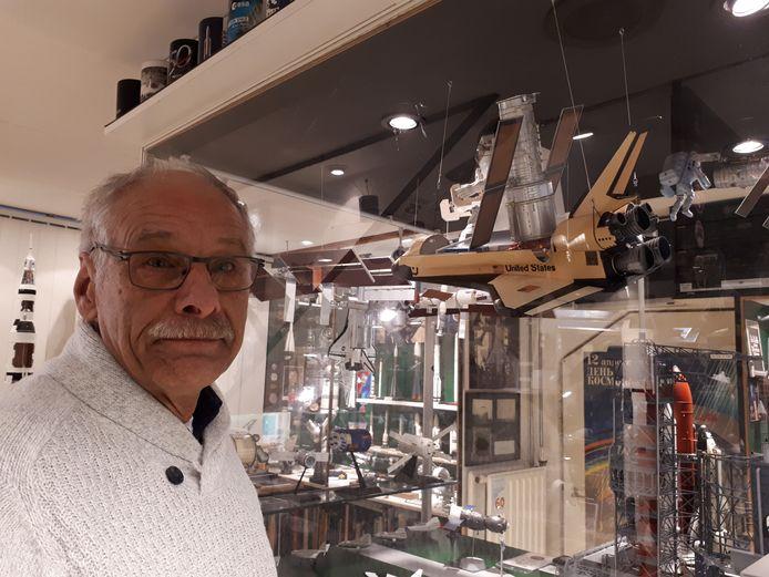 Ger Pistorius in zijn ruimtvevaartmuseum in Tilburg. Foto Janneke Hobo