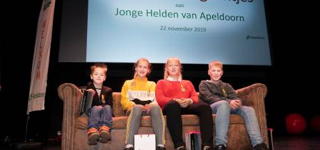 Vier jonge Apeldoorners ontvangen een lintje