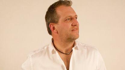 Freek Vanrooy brengt nieuw zomernummer uit