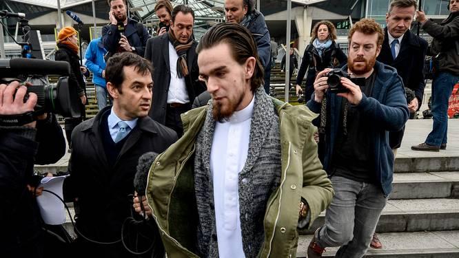 """Ex-Syriëstrijder Michael 'Younes' Delefortrie op CNN: """"We dromen van het kalifaat. Het zal gebeuren"""""""