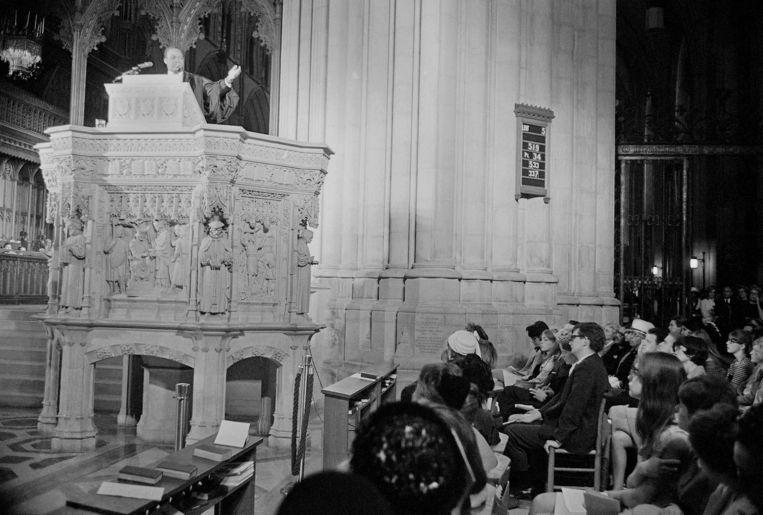 Martin Luther King in 1968 tijdens een zondagse preek, de laatste die hij uitsprak voor hij vermoord werd. Beeld AP