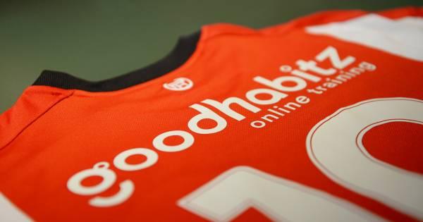 PSV slaat slag met nieuwe rugsponsor: GoodHabitz | PSV | ed.nl Goodhabitz