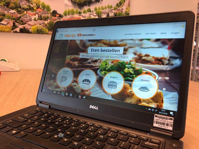 De website van Peeves, waar mensen in Deventer eten kunnen bestellen bij acht restaurants.