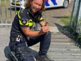 Wijkagent Suzanne redt kuikentjes uit wildrooster op Urk: 'mijn arm paste er precies tussen'