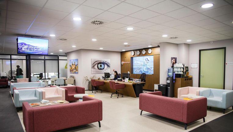 De ogen verdienen meer zorg, vinden ze bij oogziekenhuis Worldeye, dat nu ook op de De Boelelaan zit. Beeld Carly Wollaert