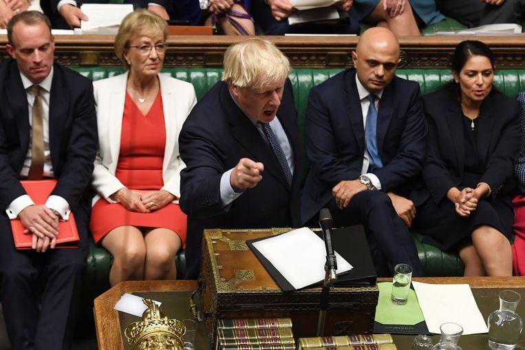 Premier Boris Johnson daagde de oppositie uit om een motie van wantrouwen tegen hem in te dienen.