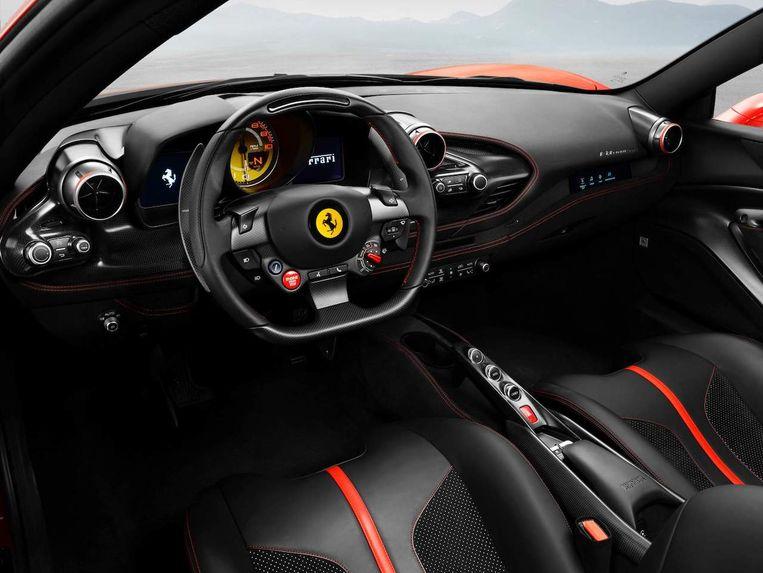 Ferrari F8 Tributo interieur