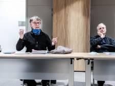 Zevenaar maakt selectie van 'geheime  dossiers' over personeelsbeleid; oud-ambtenaar 'elke keer weer belazerd'