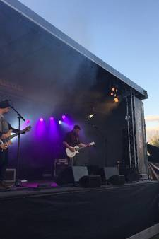 VIDEO: Rock am Ringoven rockt Mariaheide met honderden bezoekers