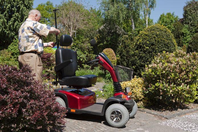 Vanaf 1 oktober kunnen Oldenzalers die een scootmobiel nodig hebben en daarvoor ook in aanmerking komen met een scootmobielpool.