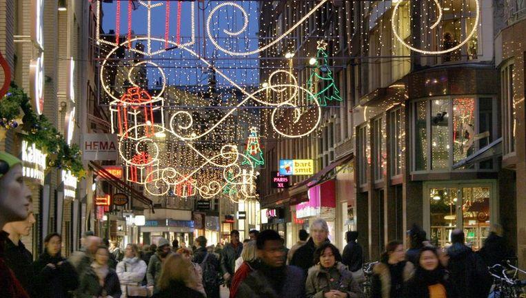 2450 euro per vierkante meter per jaar betaal je voor een winkelpandje in de Kalverstrat. Foto ANP Beeld